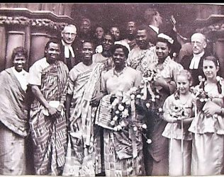 The wedding party of Kofi and Naa Busia, photographed for the Oxford Times August 1950 under the headline 'An All African Wedding'.